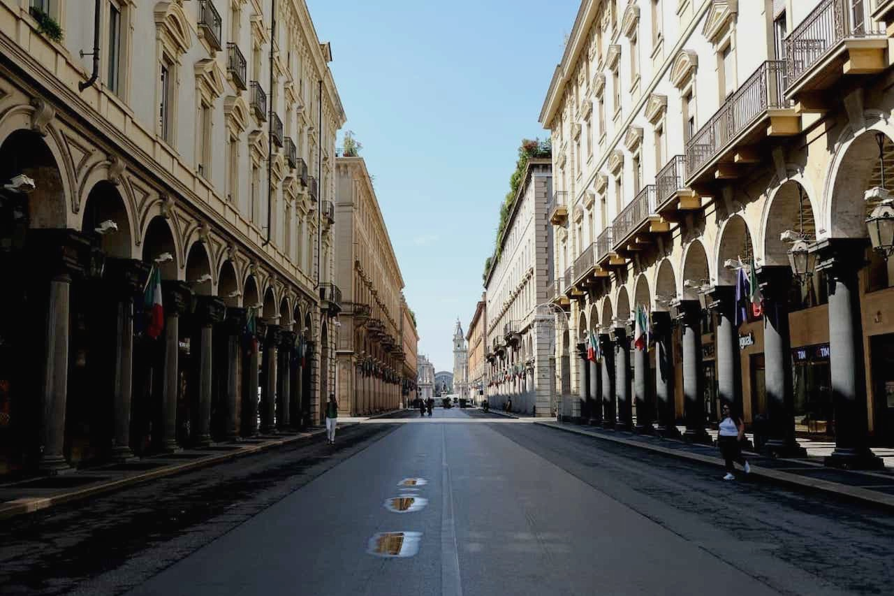 Shopping Streets - Via Roma